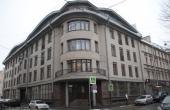 Locale fronte strada per ufficio/show-room in zona Petrogradskaya