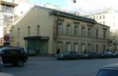 Palazzetto indipendente di 437 mq in affitto in zona Gorkovskaya