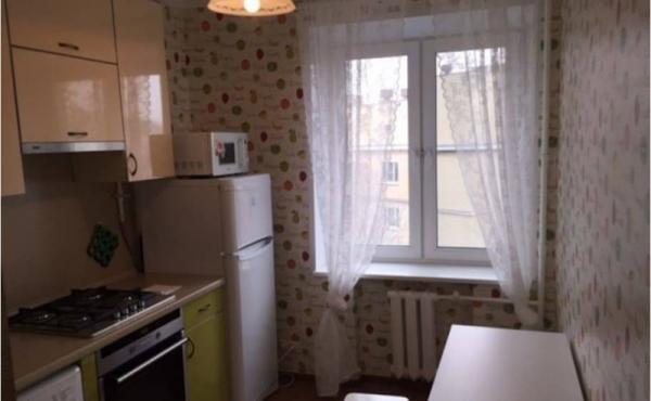 Monolocale in affitto in zona Shabolovskaya