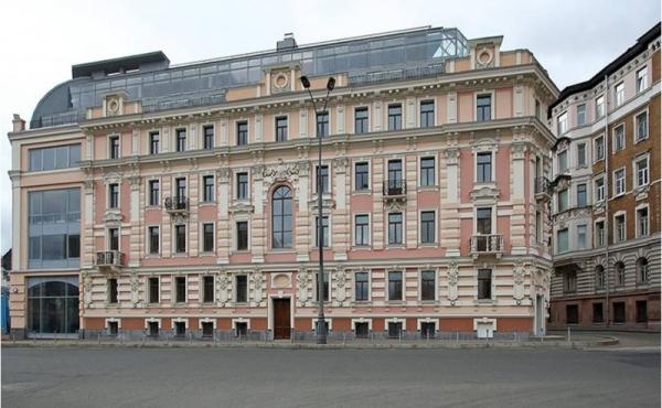 Ufficio di 37 mq in complesso multifunzionale zona Chistye Prudy