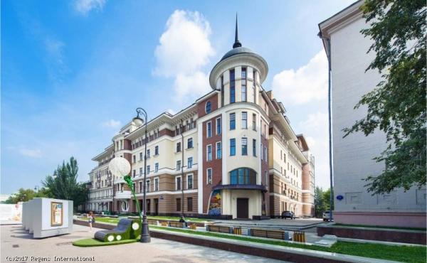 Spazio di 182 mq per ufficio/show-room al piano terra di condominio di pregio zona Tretyakovskaya
