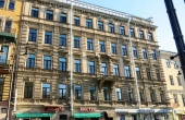 Apartments for sale with guaranteed income close to Nevsky Prospekt