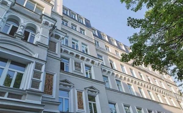 Loft in vendita in palazzetto storico con parcheggio zona Chistye Prudy