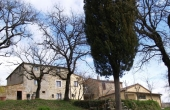 Farm with land for sale in the Chianti region