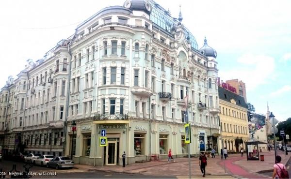 Ufficio in affitto in maestoso palazzo storico zona Arbatskaya