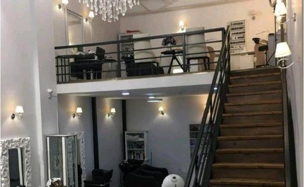 Salone di bellezza in affitto a pochi passi dal metrò Dubrovka