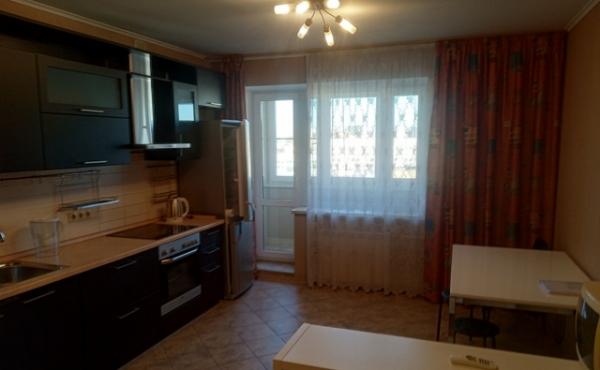 2-х комнатная квартира в аренду на ул.Большие Каменьщики