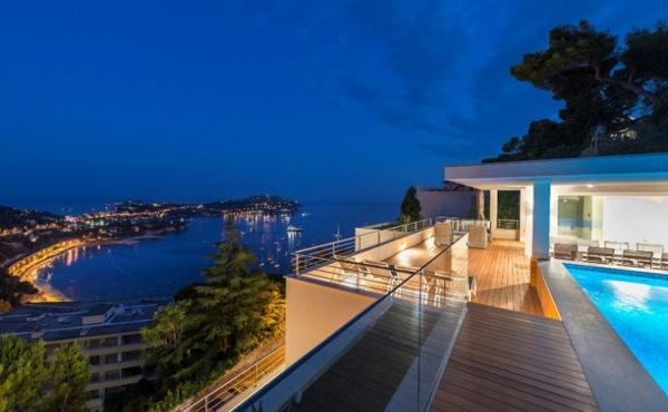 Villa di lusso affacciata sulla baia di Villefranche e sul Cap Ferrat