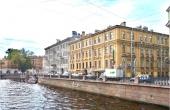 Ampio appartamento ristrutturato con affaccio sul Canale Griboedov