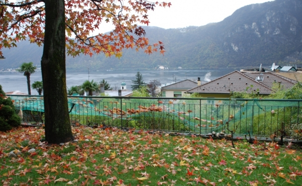 House for sale in Campione d'Italia with great lake views