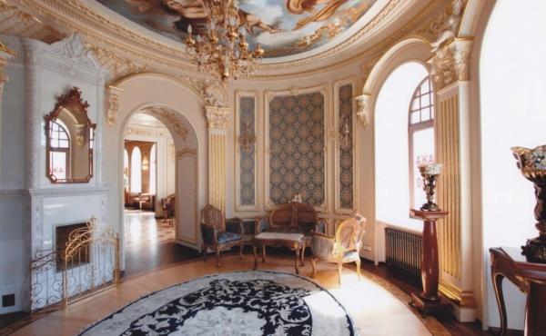 Ufficio/showroom di rappresentanza in affitto/vendita nel quartiere Petrogradsky