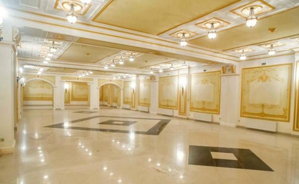 Palazzo storico in affitto per ufficio di rappresentanza o showroom di lusso