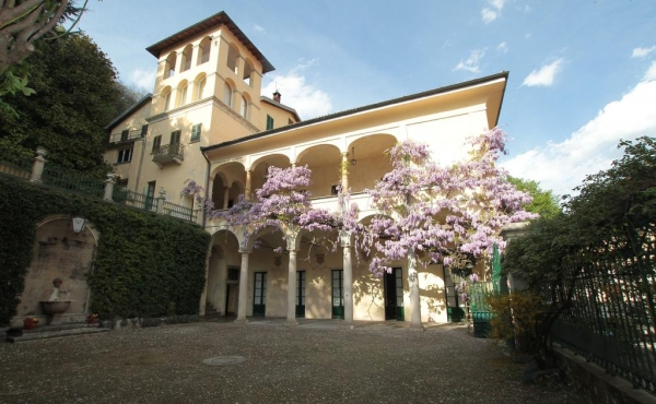 Finely restored historic villa close to Lake Maggiore