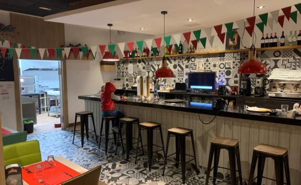 Pizza restaurant business for sale on the Costa Blanca
