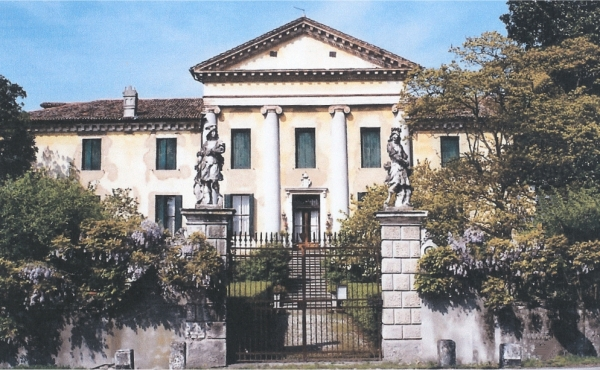 16th-century Venetian estate in Palladian style 50 km from Venice