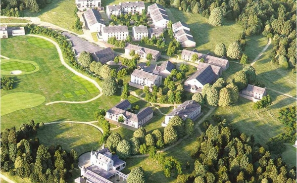 Leaseback or lifestyle apartments in new luxury resort in France