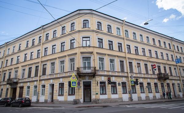 Mini-hotel in vendita nel quartiere Admiralteysky