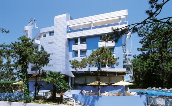 4-star hotel for sale near the beach in Bibione