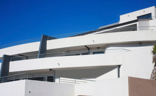 Mixed-use modern building for sale on the French Riviera