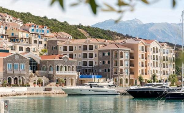 Residenze di pregio in nuovo complesso fronte mare