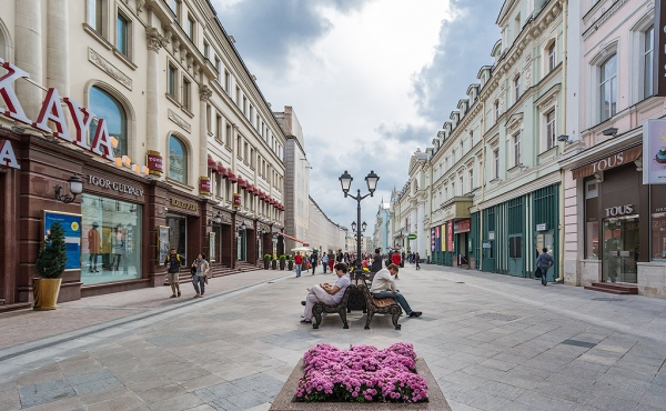 High-street retail premises for rent near the Red Square
