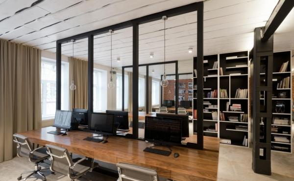 Ufficio/showroom in stile loft nella zona di Smolenskaya