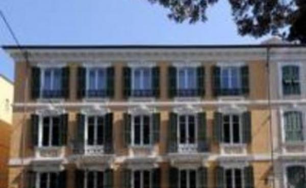 Cessione di attività alberghiera in centro a Sanremo