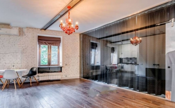 Excellent 2-room apartment for rent near Park Kul'tury