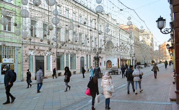 High-street commercial premises for rent/sale on Nikol'skaya street