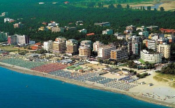 3-х звёздочный отель на продажу рядом с морем в Милано-Мариттима